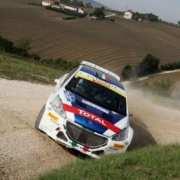 Paolo Andreucci e Anna Andreussi nella Peugeot 208 T16