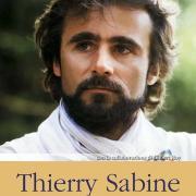 La copertina del libro dedicato a Thierry Sabine e alla Dakar Rally