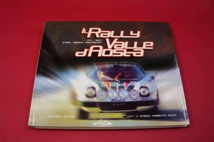 La copertina del libro dedicato al Rally della Valle d'Aosta