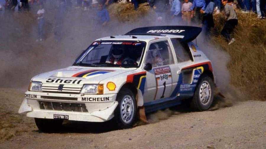 Nel mese di agosto del 1985 la Peugeot 205 T16 vince il primo Mondiale Rally