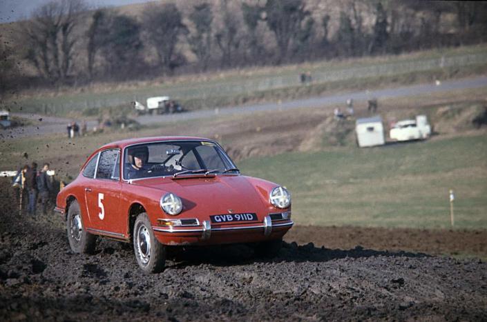 Vic Elford era un mago del volante e anche delle Porsche