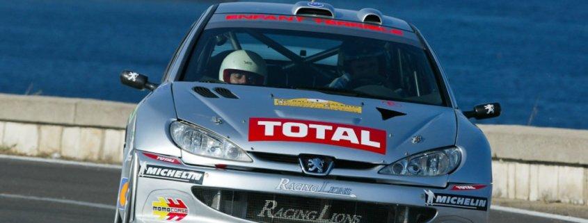 Renato Travaglia con la Peugeot 206 WRC