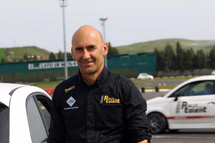 Renato Travaglia nelle vesti di istruttore di Rally Italia Talent