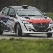 La nuova Peugeot 208 Rally 4, che correrà in R2C
