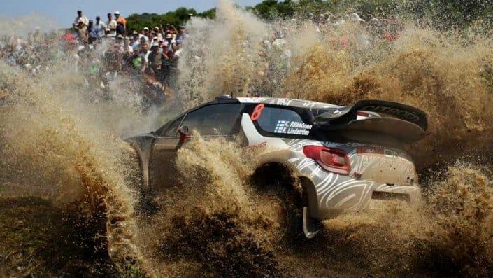 Kimi Raikkonen con la sua Citreon DS3 WRC