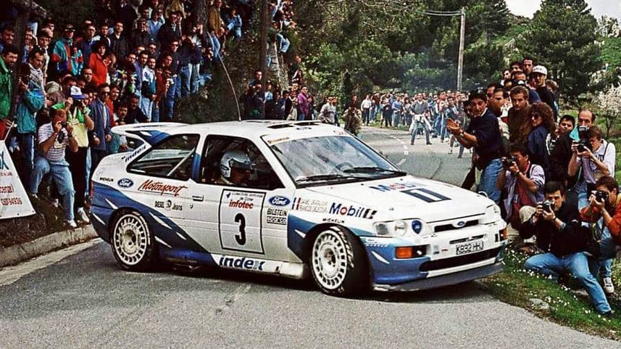 La Ford Escort RS Cosworth sugli asfalti del Tour de Corse 1993