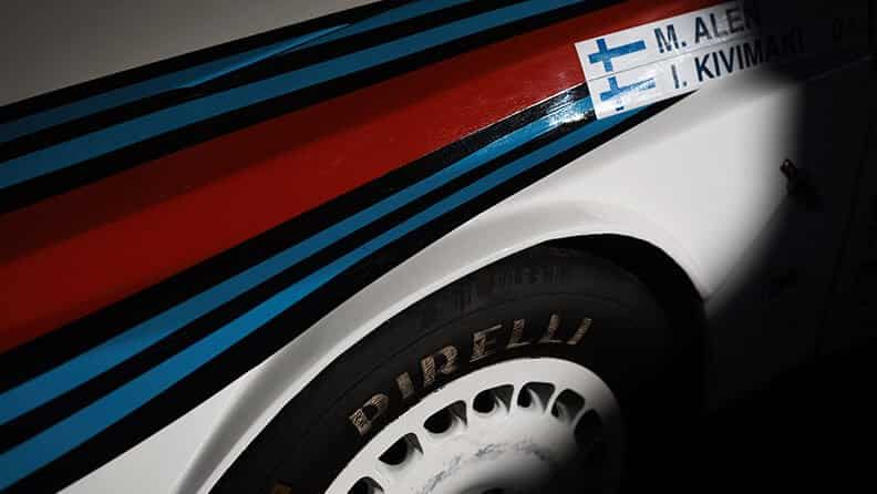 I colori del motorsport sono i colori Martini Racing