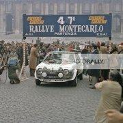 Papa Wojtyla benedice i rallysti in piazza San Pietro