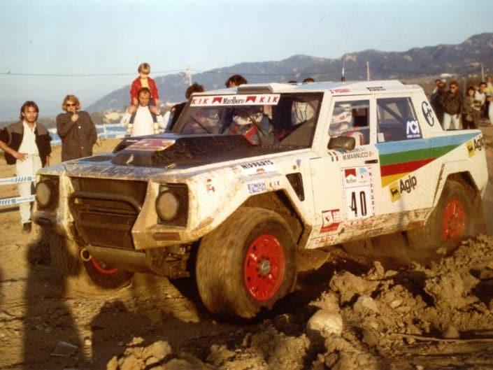 """Munari e Mannucci in Grecia con la LM002 """"Rally Edition"""""""